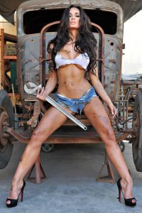 Rosie Roff Gets Greased Up for You