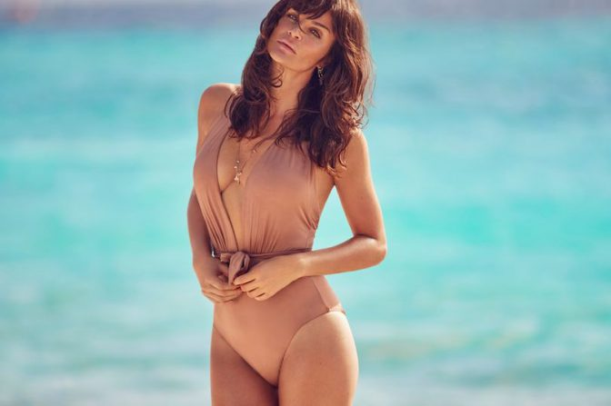 Helena Christensen in high-cut bikini