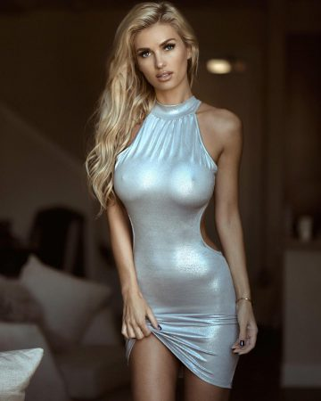 Irresistible Beauty: Leanna Bartlett's Heavenly Body