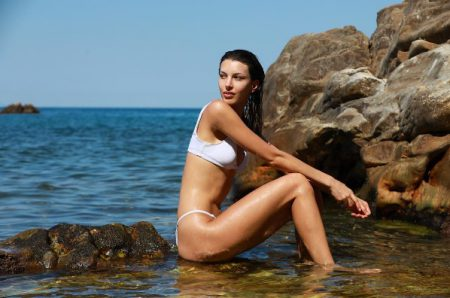Canadian Model Kate King Tells Us How To Achieve a Sexy Healthy Body