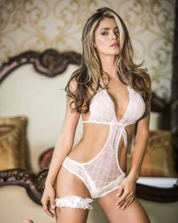 Cristina Hurtado – Ravishing and Radiant Hottie