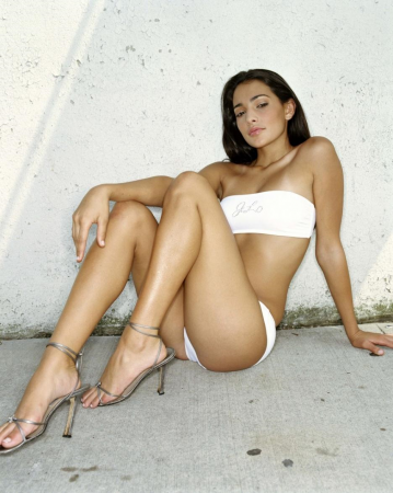 Death Race Goddess Natalie Martinez' Fiery Hotness