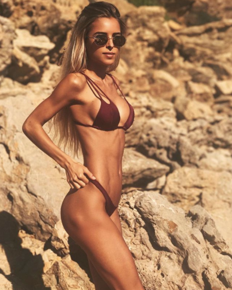 chiara bransi sexy abs