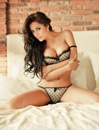Larissa Riquelme And Football (as in Soccer): The Only Thing Missing Is Beer