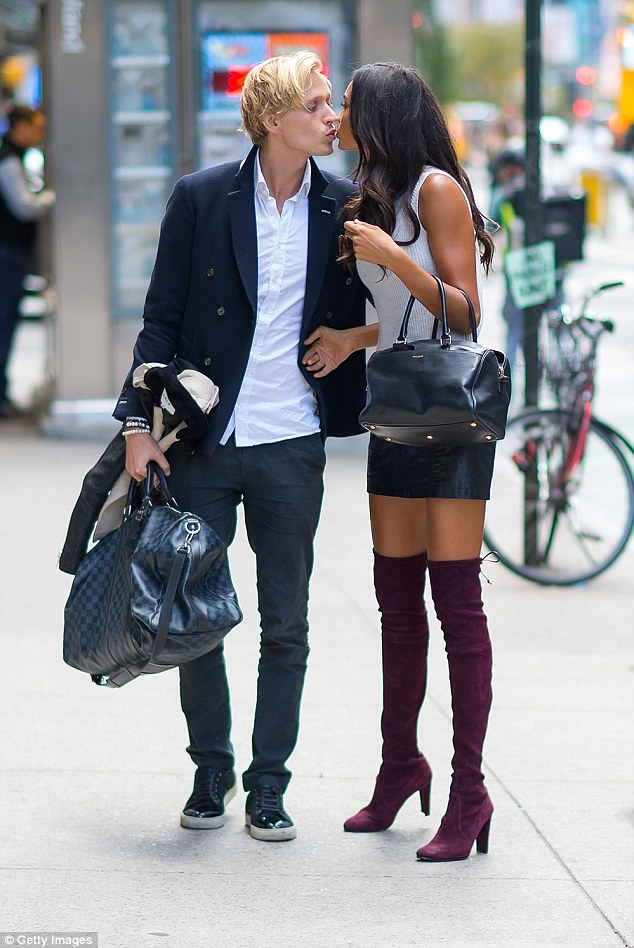 Kelly Gale with her boyfriend