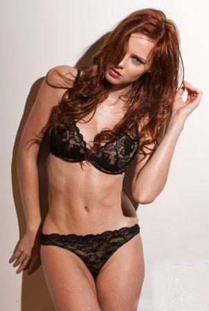 A Chef And A Beauty Queen: Alyssa Campanella Is Everybody's Dream Babe
