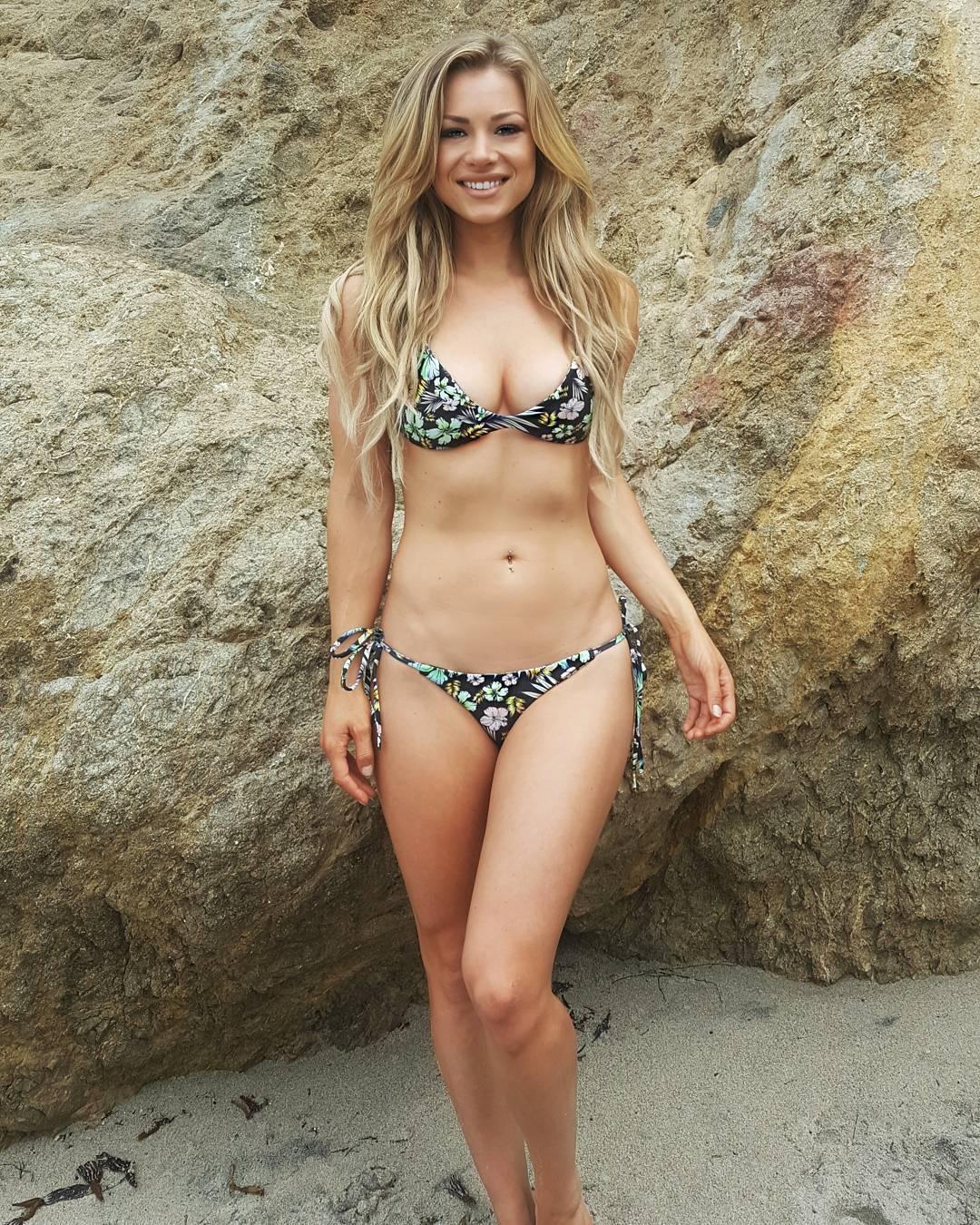 Nikki Leigh nude (25 foto) Porno, Twitter, panties