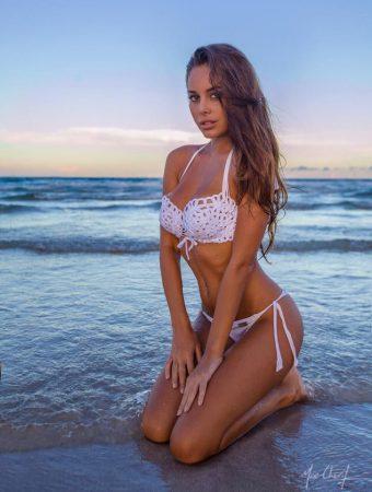 Susanna Canzian: From Chemistry To Bikini - 25 Photos