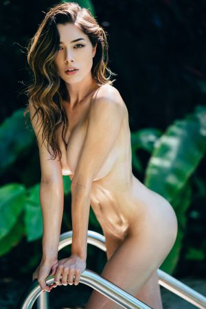 Lauren Summer Is As Hot As Her Surname! - 34 Photos