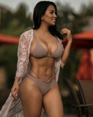 Dolly Castro: Beautiful Body, Beautiful Story