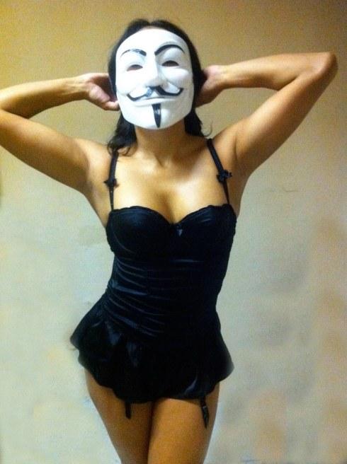 sexy-fawkes-39.jpg